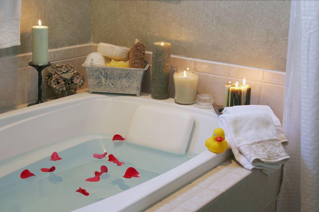 Relaxing candlelit bath
